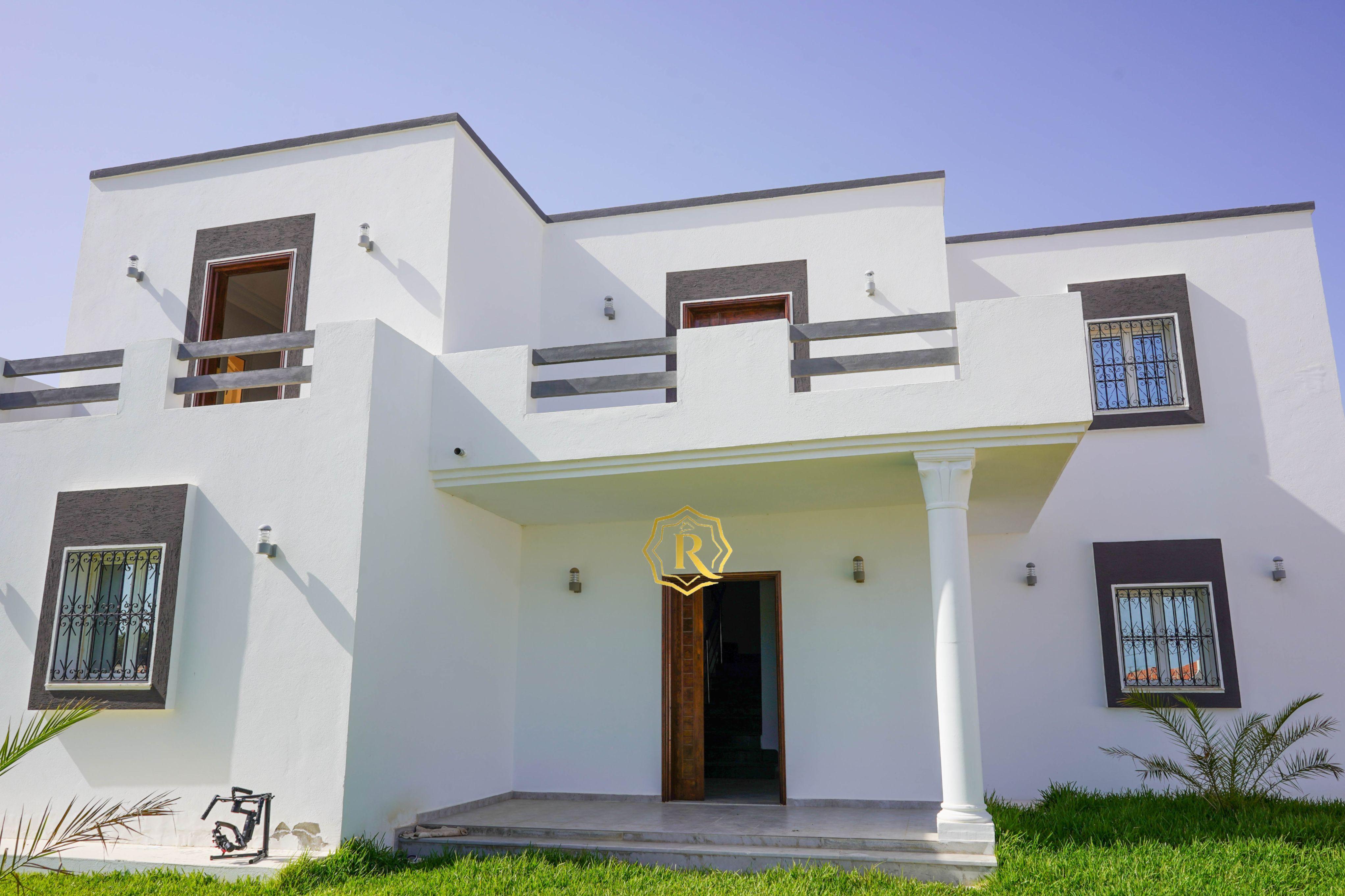 Villa moderne à Tazdaine