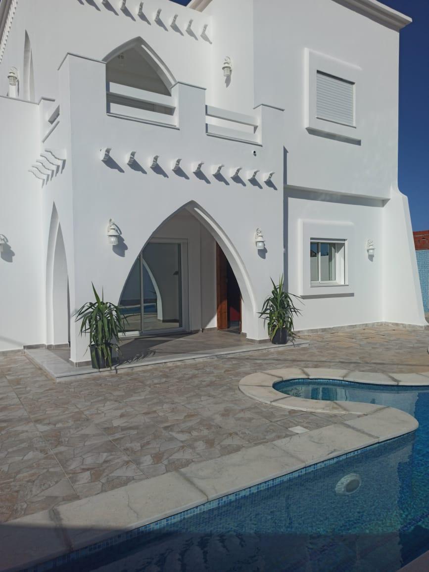 Villa GUITARA avec piscine sur Djerba à 07 min de la mer